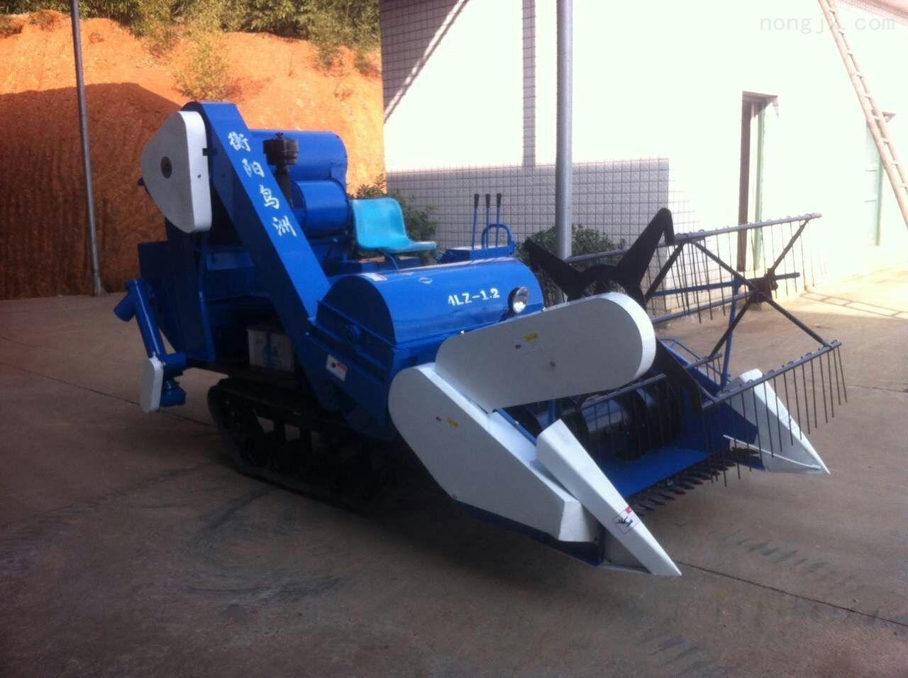 齐全-唯信标准农业设备履带收割机