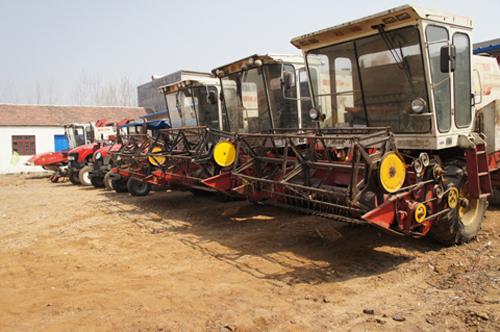 及时调整农机装备结构